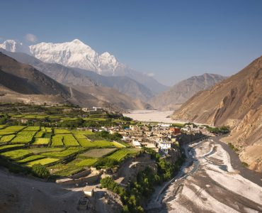 HELICOPTER TO LO MANTHANG AND ANNAPURNA SANCTUARY